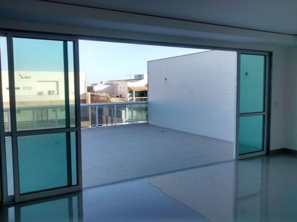 Cobertura com 4 Quartos à Venda, 250 m²