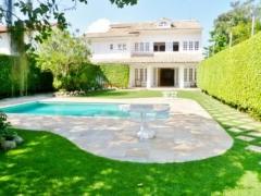 Casa de Condomínio com 6 Quartos à Venda, 839 m²